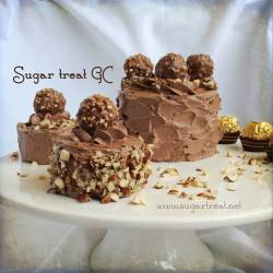 Ferrero Rocher small cakes