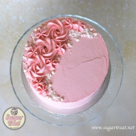 Pink buttercream swirls with crushed meringues 2