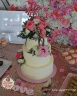 Wedding 3 tier texture and pink