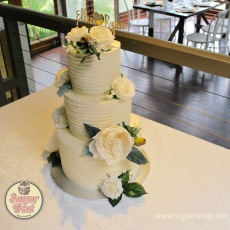 Wedding 3 tier white flowers top