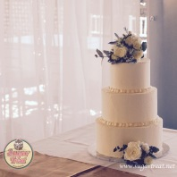 Wedding cake 3 tier buttercream with flowers 3