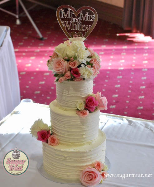 Wedding cake 3 tier extended tier with flowers