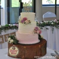 Wedding cake 3 tier pink ombre 1