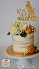 Wedding Semi-naked gold macarons white flowers