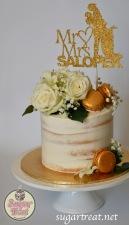 Wedding Semi-naked gold macarons white flowers